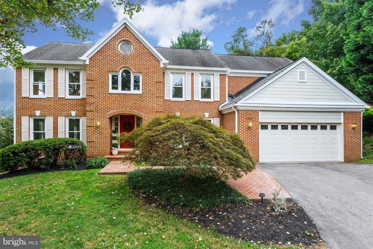 1702 CHESTERBROOK VALE COURT, McLean, VA 22101 - Image 1