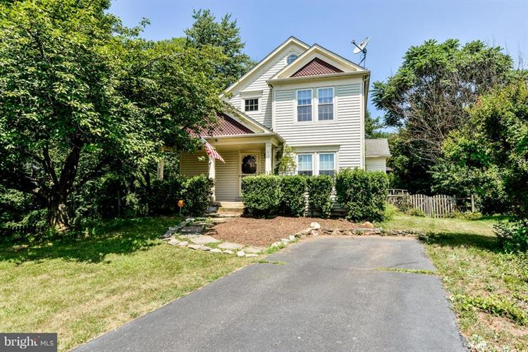 17 BROOKMEADE COURT, Sterling, VA 20165 - Image 1