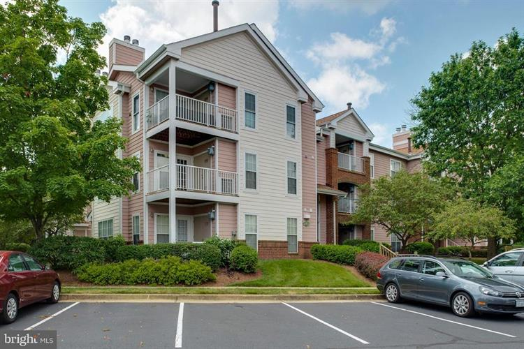 21012 TIMBER RIDGE TERRACE, Ashburn, VA 20147 - Image 1