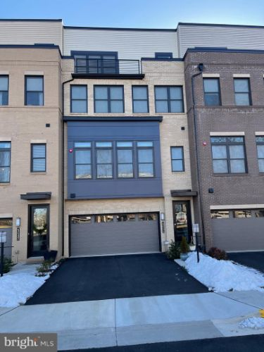 42504 MILDRED LANDING SQUARE, Ashburn, VA 20148 - Image 1