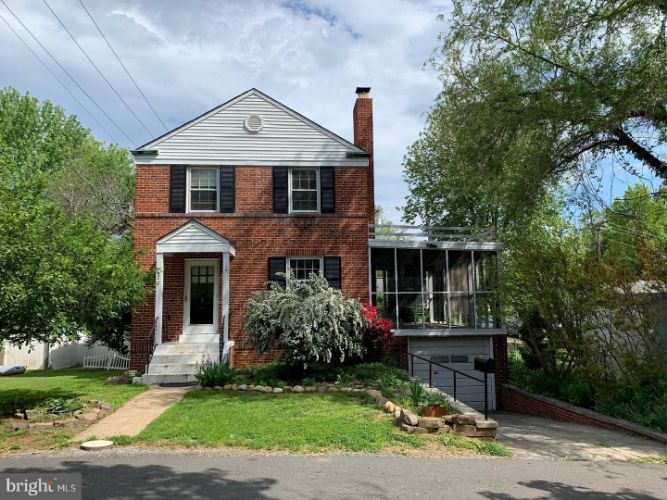122 FAIRVIEW AVENUE, Front Royal, VA 22630 - Image 1