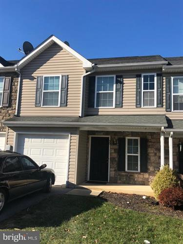 50 FUZZY TAIL DRIVE, Ranson, WV 25438 - Image 1