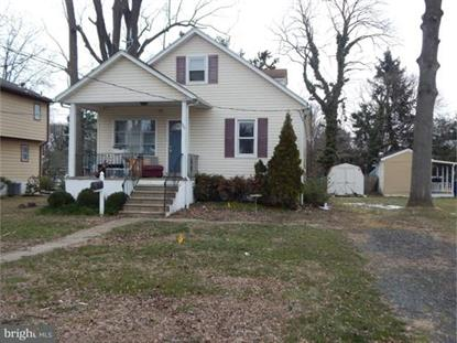 207 E WOODLAWN AVENUE, Maple Shade, NJ