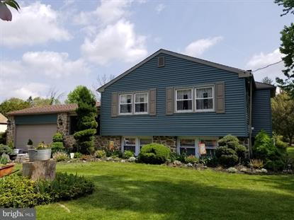 885 W COUNTY LINE ROAD, Warminster, PA