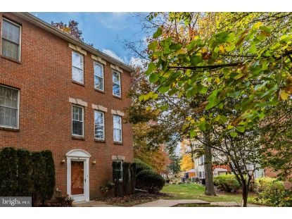 32 FAIRFAX VILLAGE Harrisburg, PA MLS# PADA127014