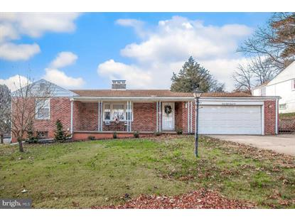 2824 MEADOWBROOK BOULEVARD York, PA MLS# PAYK103882