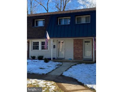 465 HAMPTON COURT Falls Church, VA MLS# VAFA111852