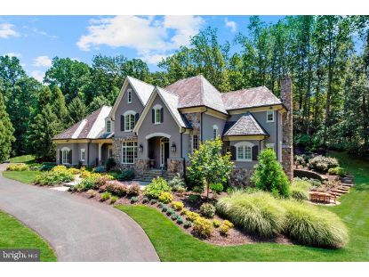 1049 BROOK VALLEY LANE McLean, VA MLS# VAFX1144118