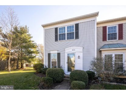 6525 OLD CARRIAGE DRIVE Alexandria, VA MLS# VAFX1168862