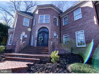 912 ARCTURUS ON THE POTOMAC  Alexandria, VA MLS# VAFX1170474