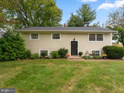 702 STONEWALL AVENUE Middleburg, VA MLS# VALO420198