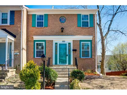 1221 FOX RUN PLACE Woodbridge, VA MLS# VAPW497532