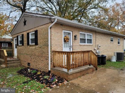 326 7TH STREET Colonial Beach, VA MLS# VAWE117464