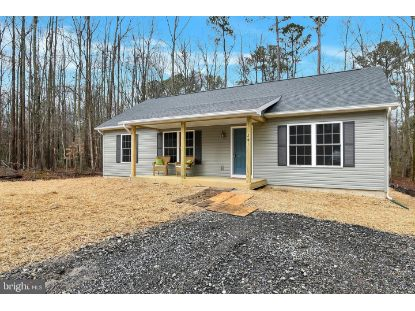 261 AZURE DRIVE Colonial Beach, VA MLS# VAWE117682