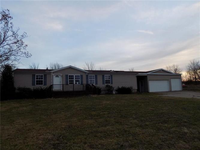 10829 W LAW Road, North East, PA 16428