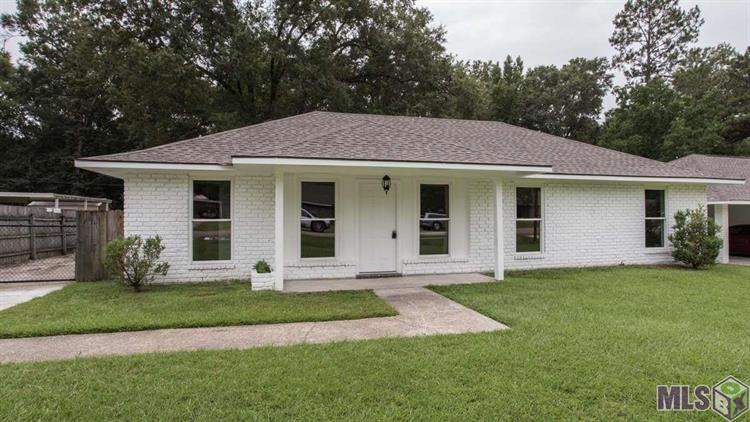 15526 S POST OAK DR, Greenwell Springs, LA 70739