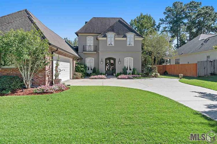 17939 PECAN SHADOWS DR, Baton Rouge, LA 70810