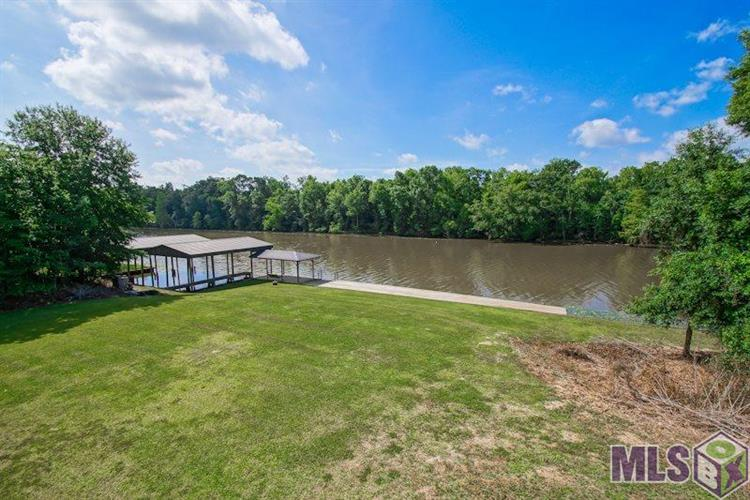 21423 WATERFRONT EAST DR, Maurepas, LA 70449 - Image 1