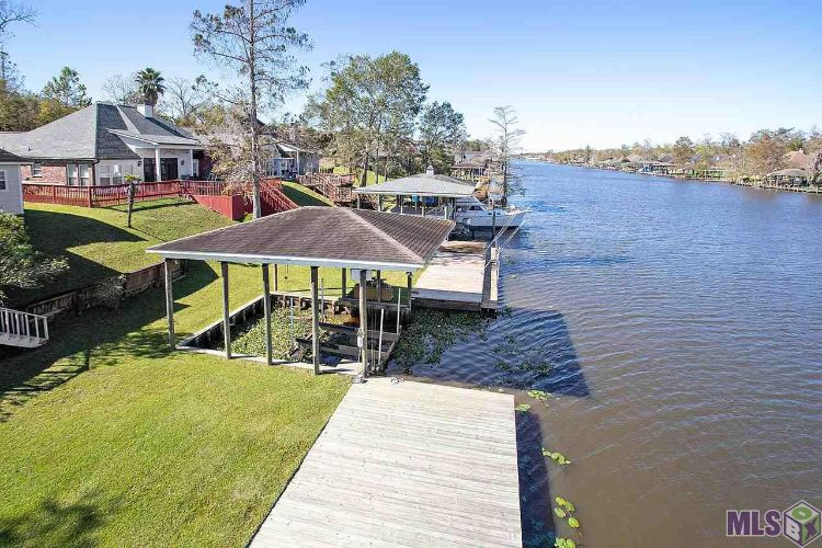 11952 RIVER HIGHLANDS, Saint Amant, LA 70774 - Image 1