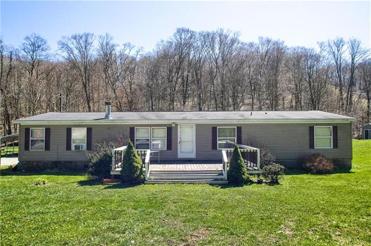 190 Saw Hill Rd, Claysville, PA 15323