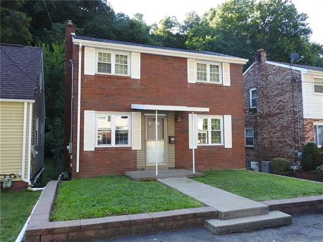 1321 Wall Ave, Pitcairn, PA 15140