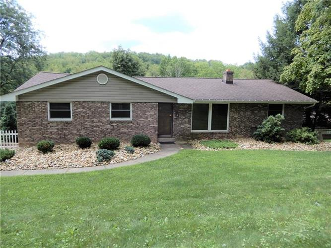1092 Venetia Road, Eighty Four, PA 15330