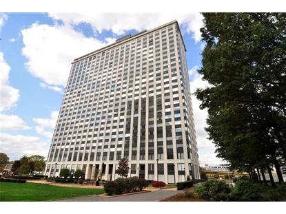 320 Fort Duquesne Blvd  Pittsburgh, PA MLS# 1378057