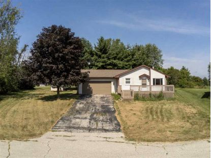 114 CORNWALL CIR, SE Poplar Grove, IL MLS# 202004693
