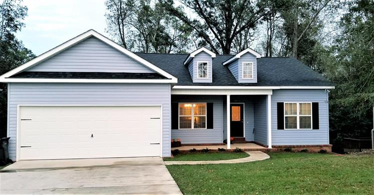 111 Village Lane, Headland, AL 36345