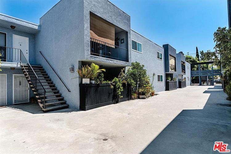 3015 DIVISION ST, Los Angeles, CA 90065 - Image 1