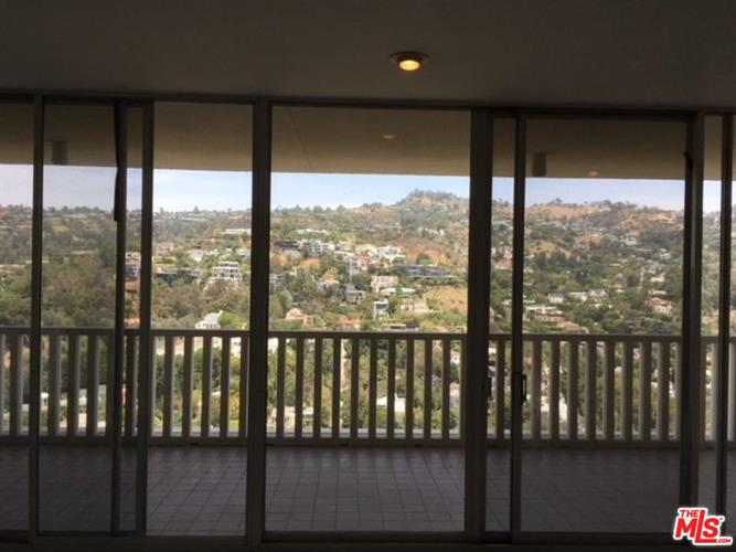 9255 DOHENY RD, West Hollywood, CA 90069 - Image 2
