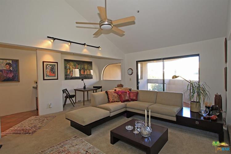 968 VILLAGE SQ, Palm Springs, CA 92262 - Image 2
