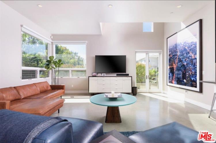 811 19TH ST, Santa Monica, CA 90403 - Image 1