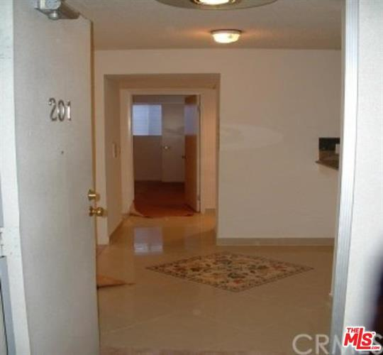 11735 DOROTHY ST, Los Angeles, CA 90049 - Image 2