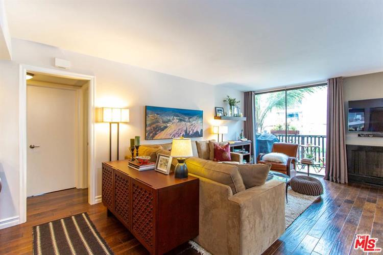 1134 ALTA LOMA RD, West Hollywood, CA 90069 - Image 2