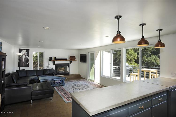 33206 DECKER SCHOOL ROAD, Malibu, CA 90265 - Image 2