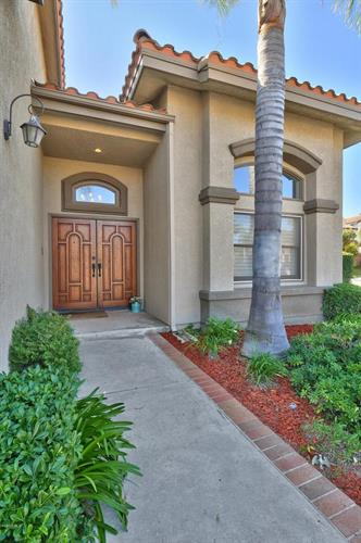 690 CHIPPENDALE AVENUE, Simi Valley, CA 93065 - Image 2