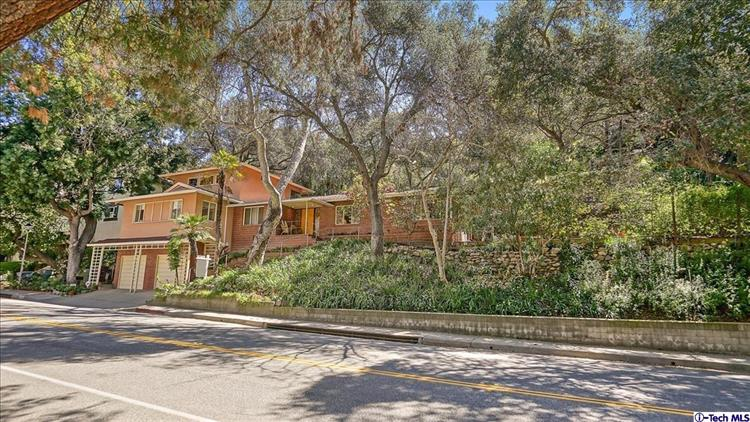 2712 EAST CHEVY CHASE DRIVE, Glendale, CA 91206 - Image 1