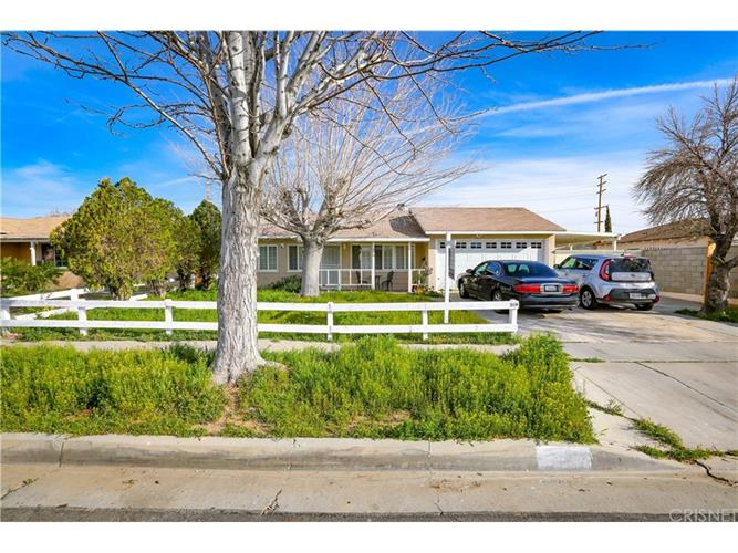209 PICTORIAL STREET, Palmdale, CA 93550 - Image 1