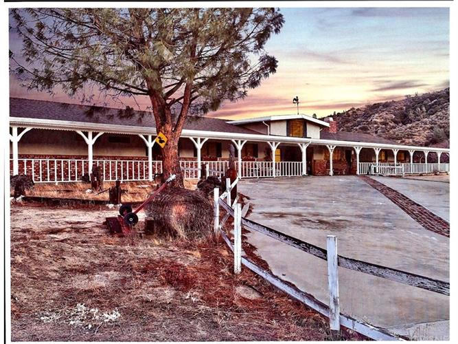 46366 KINGS CANYON ROAD, Lancaster, CA 93536 - Image 1