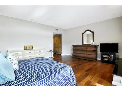235 SOUTH REEVES DRIVE #305 Beverly Hills, CA MLS# 819002621
