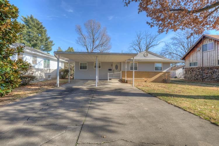 1920 South Maple Street, Carthage, MO 64836 - Image 1