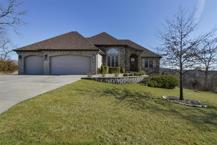 267 Beechwood Drive, Branson West, MO 65737 - Image 1