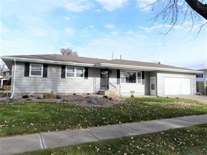2604 W 39th St Sioux Falls, SD MLS# 21907528