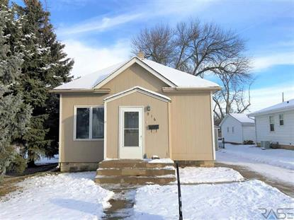 916 S Wayland Ave, Sioux Falls, SD