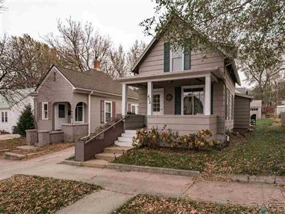 402 N Walts Ave Sioux Falls, SD MLS# 22000134