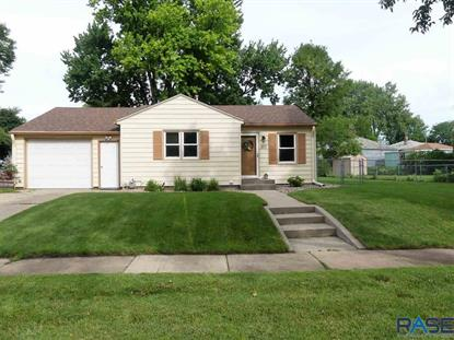 301 N Leaders Ave Sioux Falls, SD MLS# 22003869