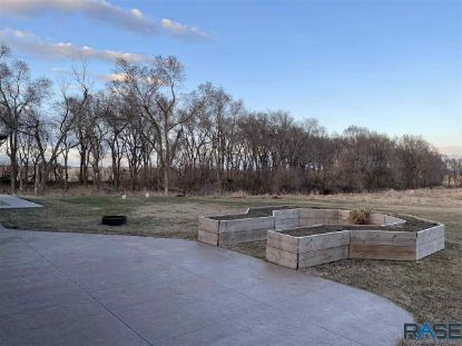 20784 404th Ave Huron, SD MLS# 22101344