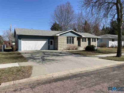 516 S Anderson St Mitchell, SD MLS# 22101513