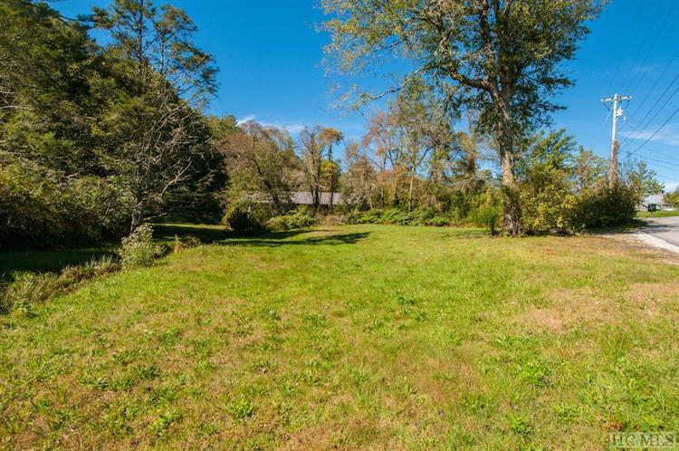 22 Oak Street, Highlands, NC 28741 - Image 1